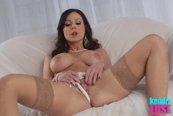 Kendra Lust - I Love Pearls
