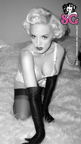 11-01 - Jami - Marilyn
