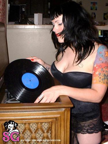 08-02 - Stasia - Vinyl Fetish