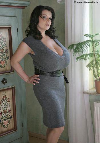 Grey dress (2007 feb)