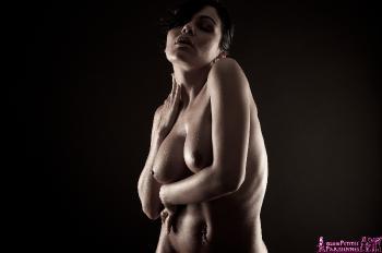05 - Gina - Wet