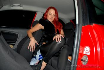 Cleo Summers_A Winters Dogging