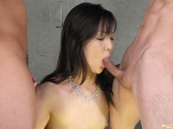 Rio Nakamura - Horny Rio Nakumara takes part in wild group sex