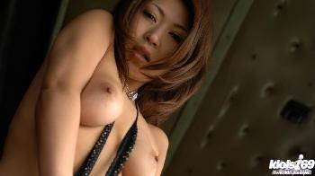 June - June Is One Hot Japanese Babe Who Enjoys Flaunting Herself