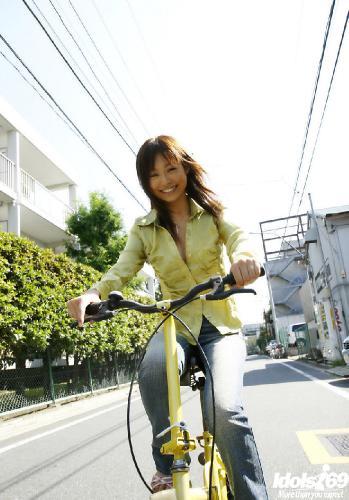 Hara Sarasa - Hara Sarasa Hot Asian Model Is Lovely To Look At