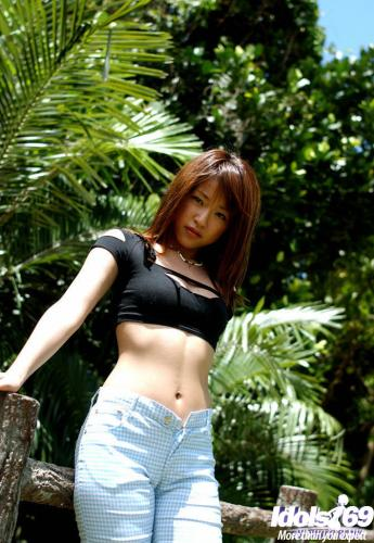 Asuka Kyono - Asuka Lovely Asian Model Enjoys The Outdoors When Naked