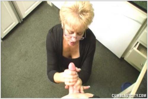Cumblastcity - Tracy handjob punishment - Mar 06 (2012/SD)